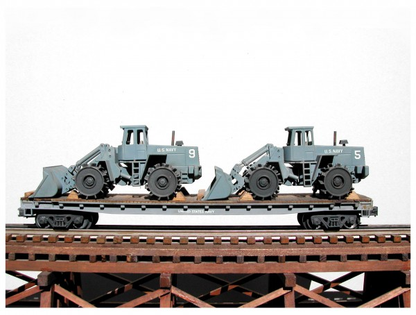 "US Navy Seabees Compactor Loader w/Luggs, Vietnam, on 50′ Flat Car(EME19A-FC6.2USN)_Operates on 3-Rail ""O""Gauge track"
