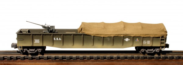 US Army 53′ Gondola w/40mm Single Bofor AA Gun & Tarp Cover USAX 23522( GON8.2USA)