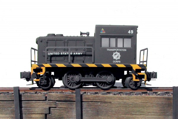 "US Army 30-Ton Diesel Switcher w/Safety Stripes 49(L-41USA)_Operates on 3-Rail ""O""Gauge track"