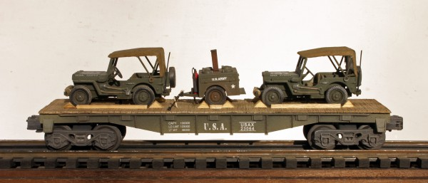 US Army Covered Jeeps w/Field Kitchen Tow on 40′ Flat Car USAX 23064(MV4AA.2-FC2.2USA)
