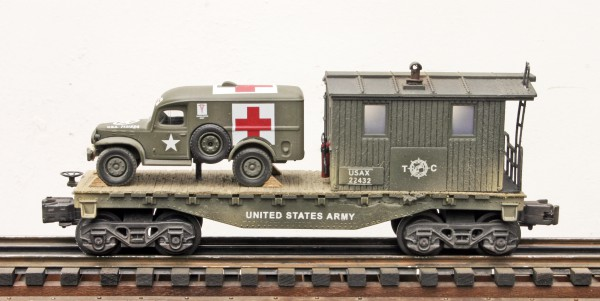 "US Army WC54 Ambulance on 32′ Transport Caboose USAX 22432, Lighted, (CAB4B.2-FC1.2USA)_Operates on 3-Rail ""O""Gauge track"