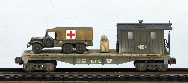 "US Army WC62 Dodge 6×6 Ambulance on 40′ Transport Caboose USAX 26739, Lighted, (CAB4G.2-FC2.2USA)_Operates on 3-Rail ""O""Gauge track"