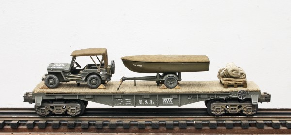 US Army Willys Jeep with Cover & Assault Boat Tow & Supply Load on 40′ Flat Car, USAX 26737(BSA4E-FC2.2USA)