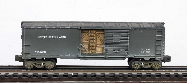 "US Army 40′ Box Car with Door Cargo Inserts USA 23230(SC9E.1USA)_Operates on 3-Rail ""O""Gauge track"