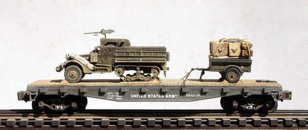 "US Army M3A1 Half Track w/50 Cal. Machine & Gun Ring & 1/4 Ton Tow on 42′ Flat Car USAX 23070(AV9F-FC3.2USA)_Operates on 3-Rail ""O""Gauge track"