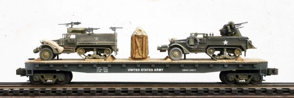 US Army M16 Half-Track w/AA guns & M3A1 Half-Track w/50 cal Gun Ring on 50′ Flat Car USAX 23071(MV5DF-FC6.2USA)