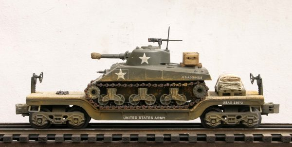 "U.S. Army M4A3(105) Sherman Tank on 35′ Drop Center Flat Car USA 23073(AV13.1-FC5.2USA)_Operates on 3-Rail ""O""Gauge track"