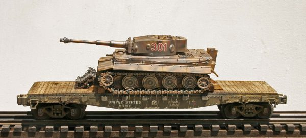 "US Army Captured WWII German Pz VI Tiger 1 Tank 301 on U.S. Army 42` Flat Car USAX 23426(CAPAV2.5-FC3.2USA/GER)_Operates on 3-Rail ""O""Gauge track"