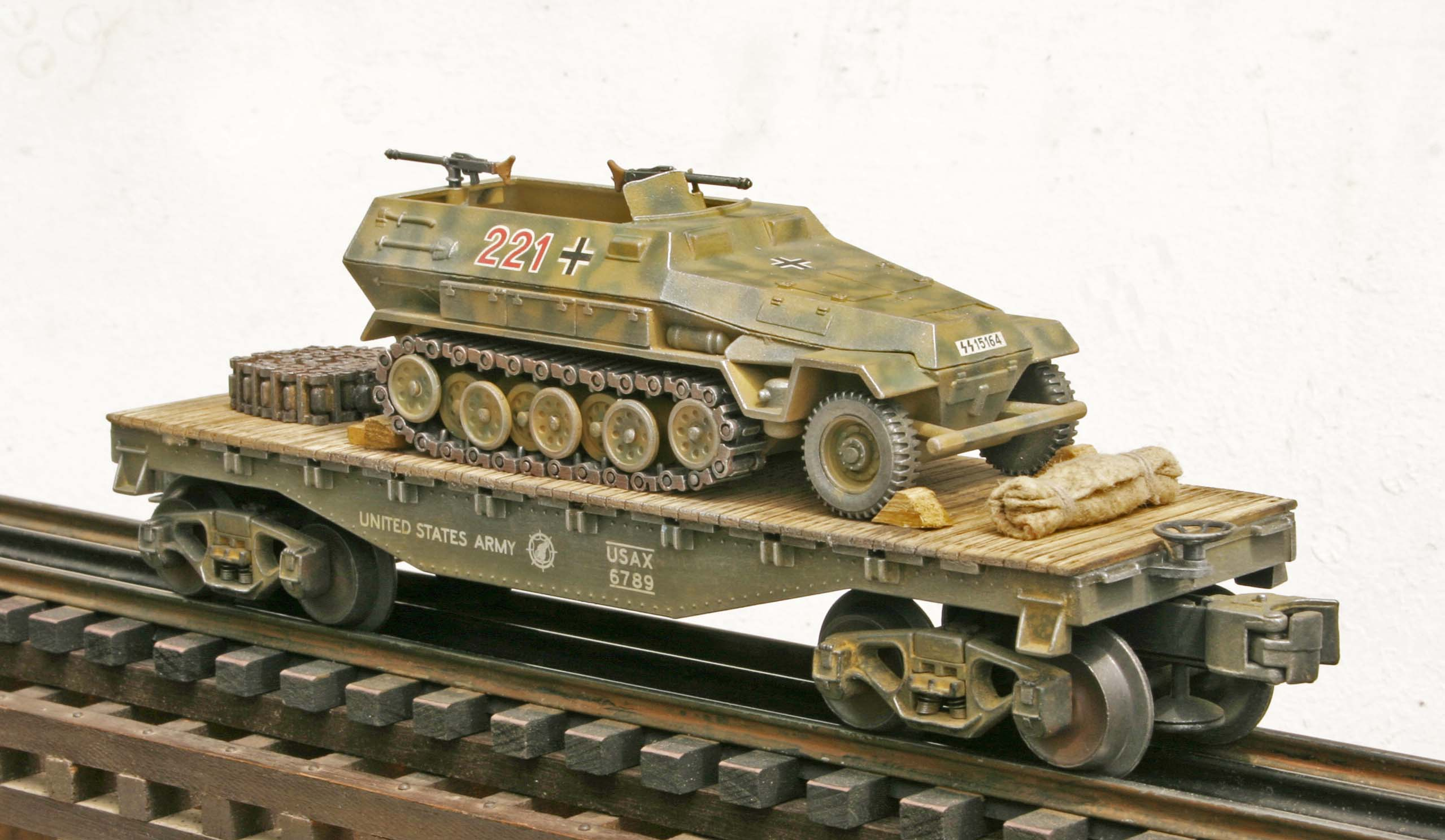 Us Army Captured Wwii German Sd Kfz251 Half Track No 221 On U S Army 35 Flat Car Capav4 4 Fc1