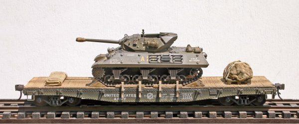 US Army M10 Tank Destroyer on 42′ Flat Car USAX 23524(AV14.1OS-OSFC3.2USA)