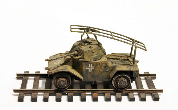 "WWII German Panhard AMD178-Rail Version(DRAV.18GER)_Comes displayed on 2-Rail ""O""Scale track"