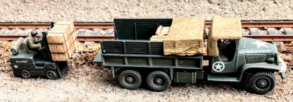 """US Army Vehicle Set – GMC 6×6 Ammo Cargo Truck w/Dropped Tail Gate & Fork Lift Truck Loading(V19.1/8P.2)_Can be combined with 3-Rail """"O""""Gauge or 2-Rail """"O""""Scale Rolling Stock • Available Today •"""