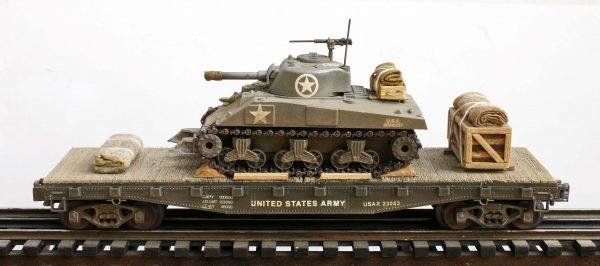 USA Sherman M4A3 Tank w/Cullen Hedgerow Device on 42′ Flat Car USAX23053(AV3C.2-FC3.2USA)