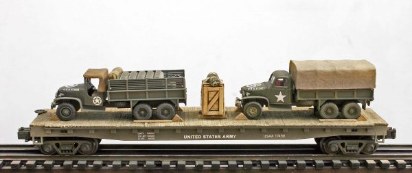 US Army GMC 6X6 Trucks w/Cargo Cover & Gas Cans on 50′ Flat Car USAX 17458(MV1A.2D-FC6.2USA)