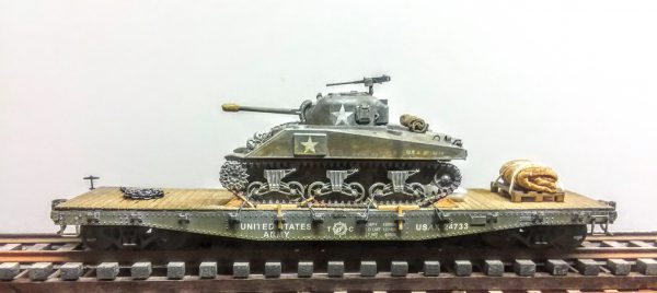 "US Army M4(75) Sherman Tank on 42′ Flat Car USAX 24733(AV3.2.OS-OSFC3.2USA)_Operates on 2-Rail ""O""Scale track"