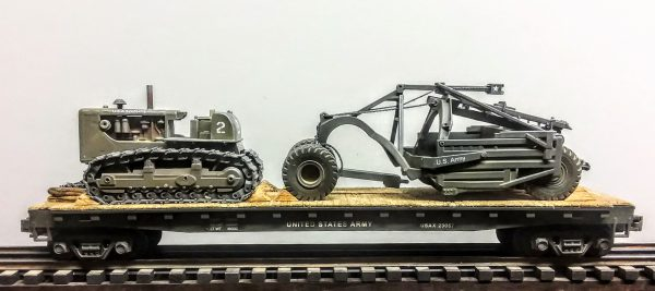 "U.S. Army Crawler Tractor & Le Tourneau Scraper on 50′ Flat Car USAX 23057(EME37B-FC6.2USA)_Operates on 3-Rail ""O""Gauge track"
