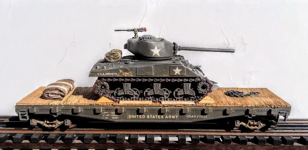 "US Army M4A3(76)W Sherman Tank w/Cullen Hedgerow Device & 76mm Gun on 42'Flat Car USAX23522(AV3.5-FC3.2USA)_Operates on 3-Rail ""O""Gauge track"