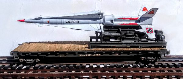 "US Army Nike Hercules SAM Missile & Launcher(U.S. Army 651300) on 50′ Flat Car USAX23566(MR3-FC6.2 USA)_Operates on 3-Rail ""O""Gauge track"