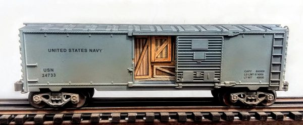 "US Navy 40′ Box Car with Door Cargo Inserts USN 24733(SC9E.1USN)_Operates on 3-Rail ""O""Gauge track"