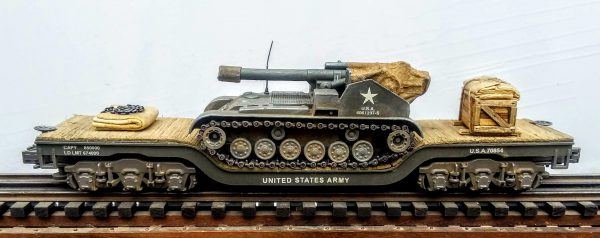 "US Army M41 'Gorilla' Howitzer Motor Carriage on a 45′ Drop Center Flat Car U.S.A. 70854(AV18-FC8.2USA)_Operates on 3-Rail ""O""Gauge track"