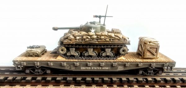 "US Army M4A3(76) Sherman Tank w/Cullen Hedgerow Device & Sandbag Soft Armor on 42′ Flat Car USAX 26557(AV3CD-FC3.2USA)_Operates on 3-Rail ""O""Gauge track"