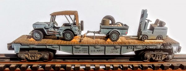 "USN_Covered Willy's Jeep w/Trailer Tow & Forklift Truck on 40′ Flat Car USN 24726(MV4AG-FC2.2USN)_Operates on 3-Rail ""O""Gauge track"